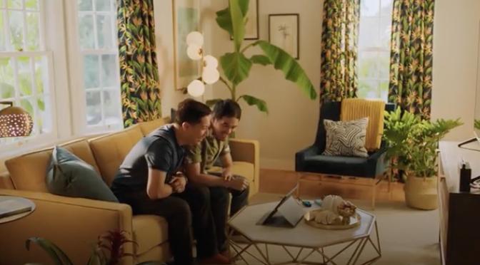 Nintendo Switch: nel nuovo spot c'è una coppia gay asiatica