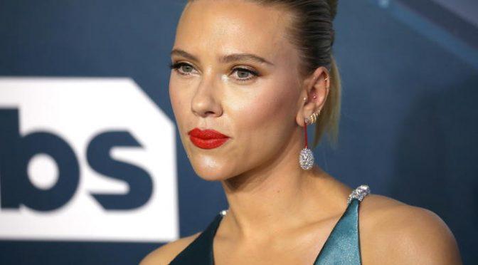 Black Widow su Disney+, Scarlett Johansson fa causa a Disney